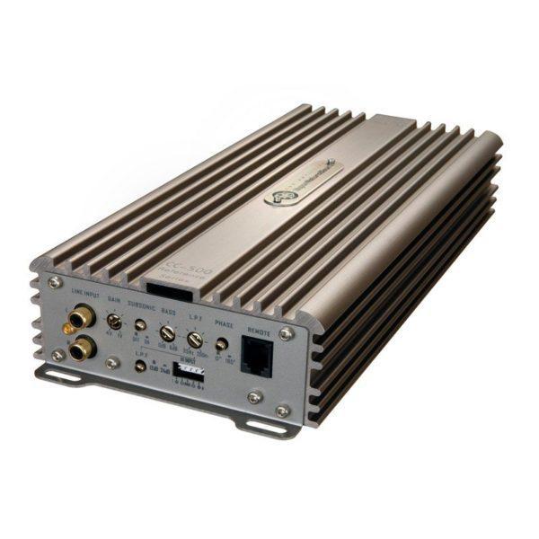 DLS CC500 vahvistin