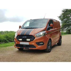 Lisavalosarja-maskiin-2x-Lazer-Triple-R750-Elite-Gen2 -Ford-Transit-Custom-2018-1